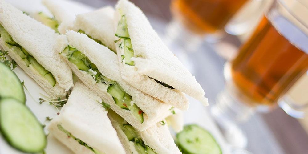 Erfrischende Gurkensandwiches